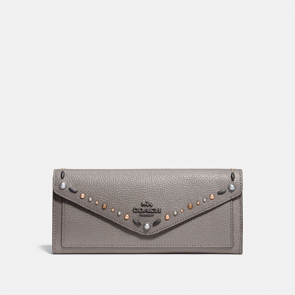 SOFT WALLET WITH PRAIRIE RIVETS DETAIL