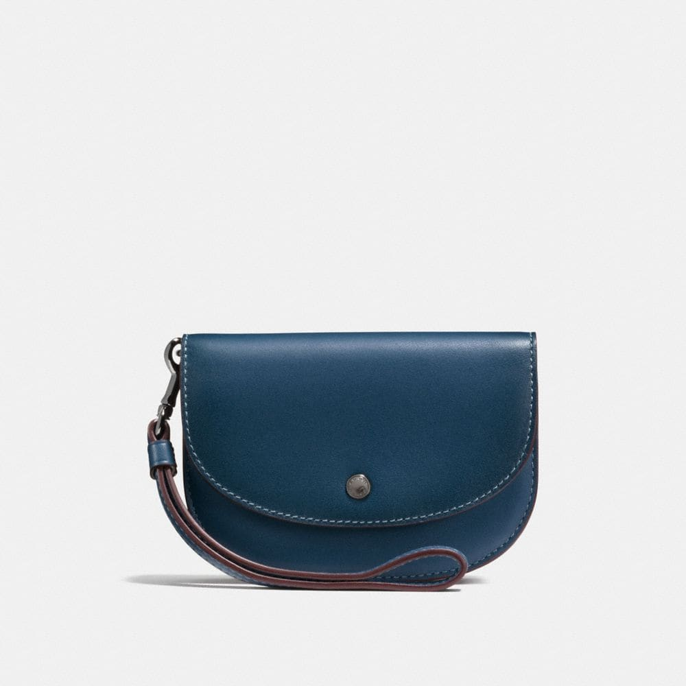 DOUBLE POUCH IN COLORBLOCK