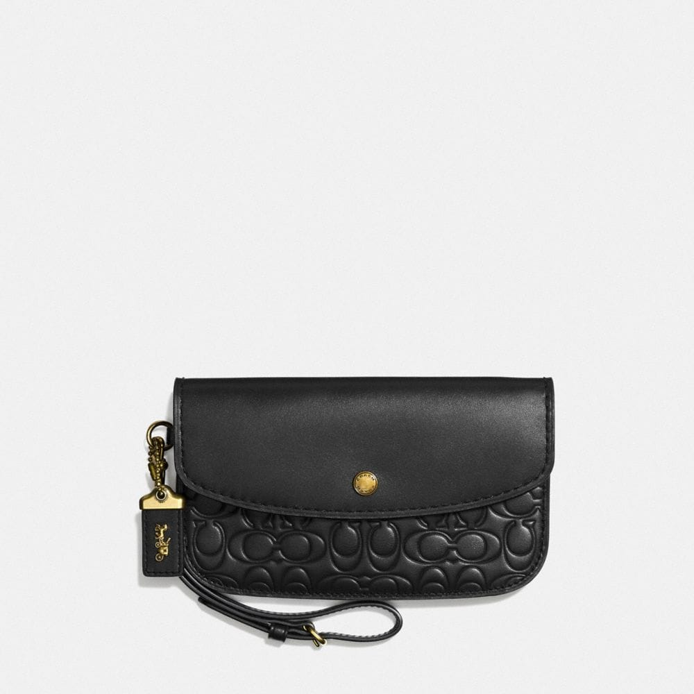 CLUTCH IN SIGNATURE LEATHER
