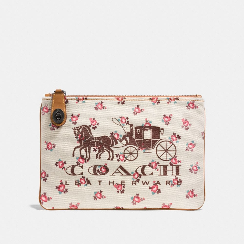 HORSE AND CARRIAGE TURNLOCK POUCH 26