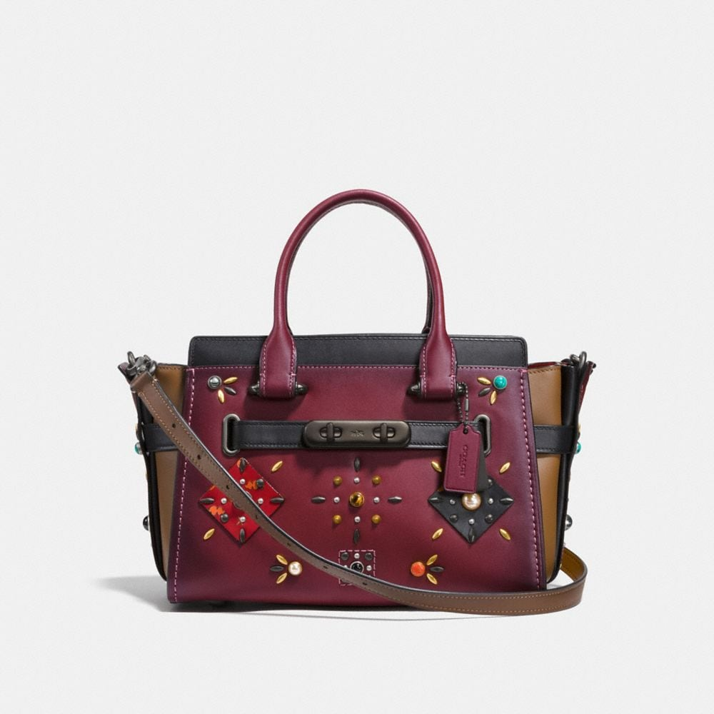 COACH SWAGGER 27 AVEC PATCHWORK EN COLOR BLOCK ET CLOUS PRAIRIE