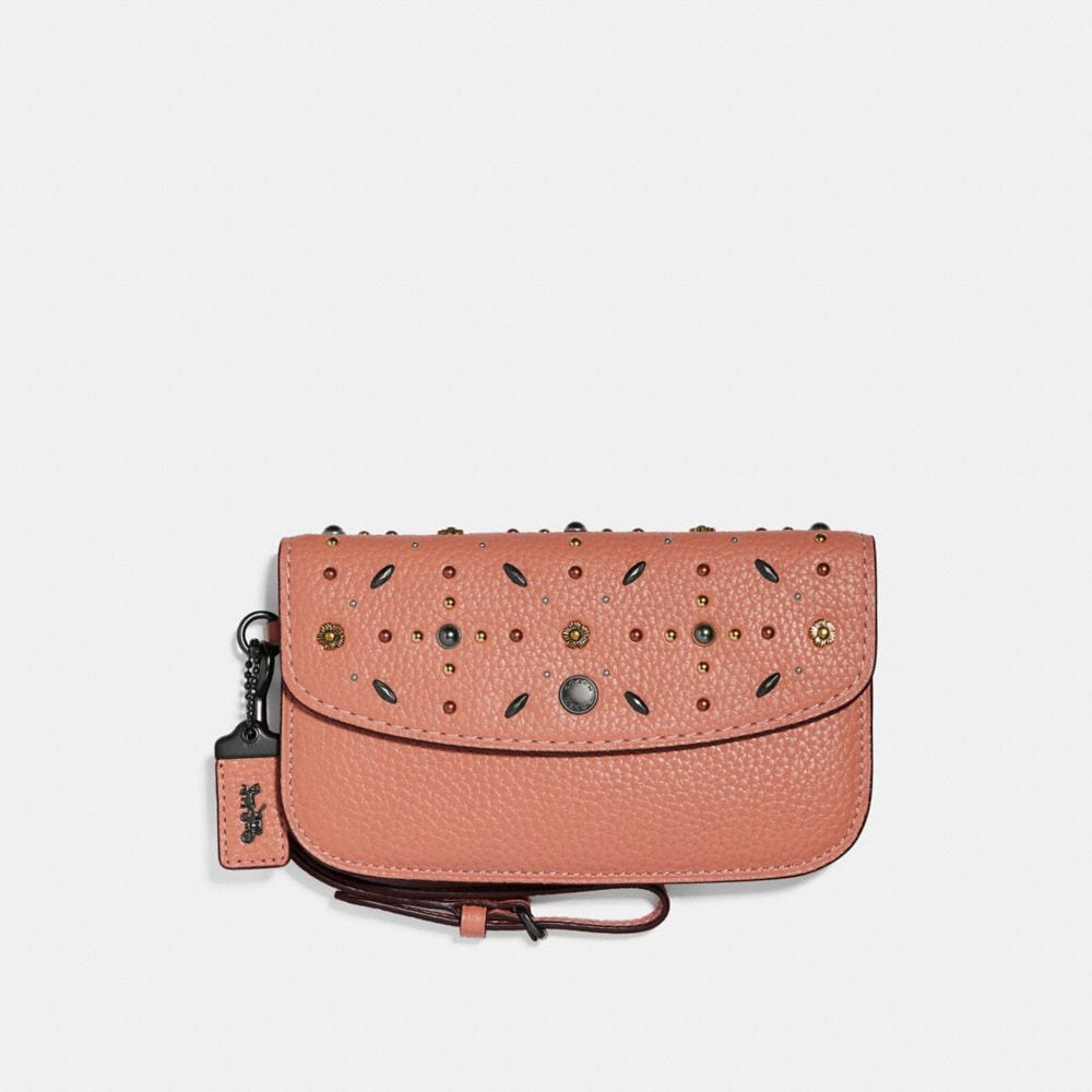 CLUTCH WITH PRAIRIE RIVETS