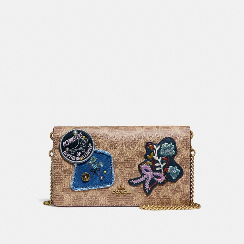 CALLIE FOLDOVER CHAIN CLUTCH IN SIGNATURE CANVAS WITH PATCHWORK