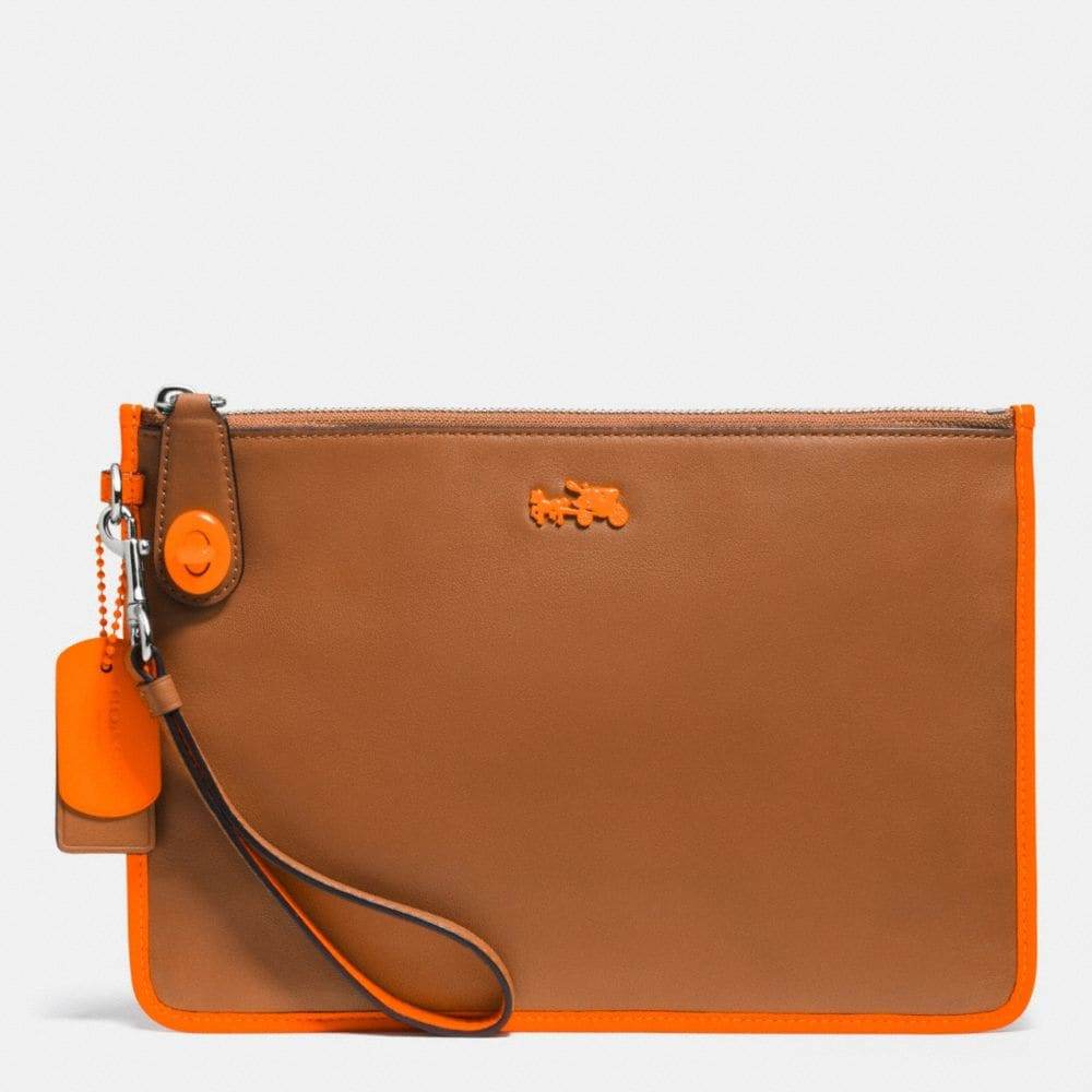 C.O.A.C.H. TURNLOCK WRISTLET 26 IN CALF LEATHER
