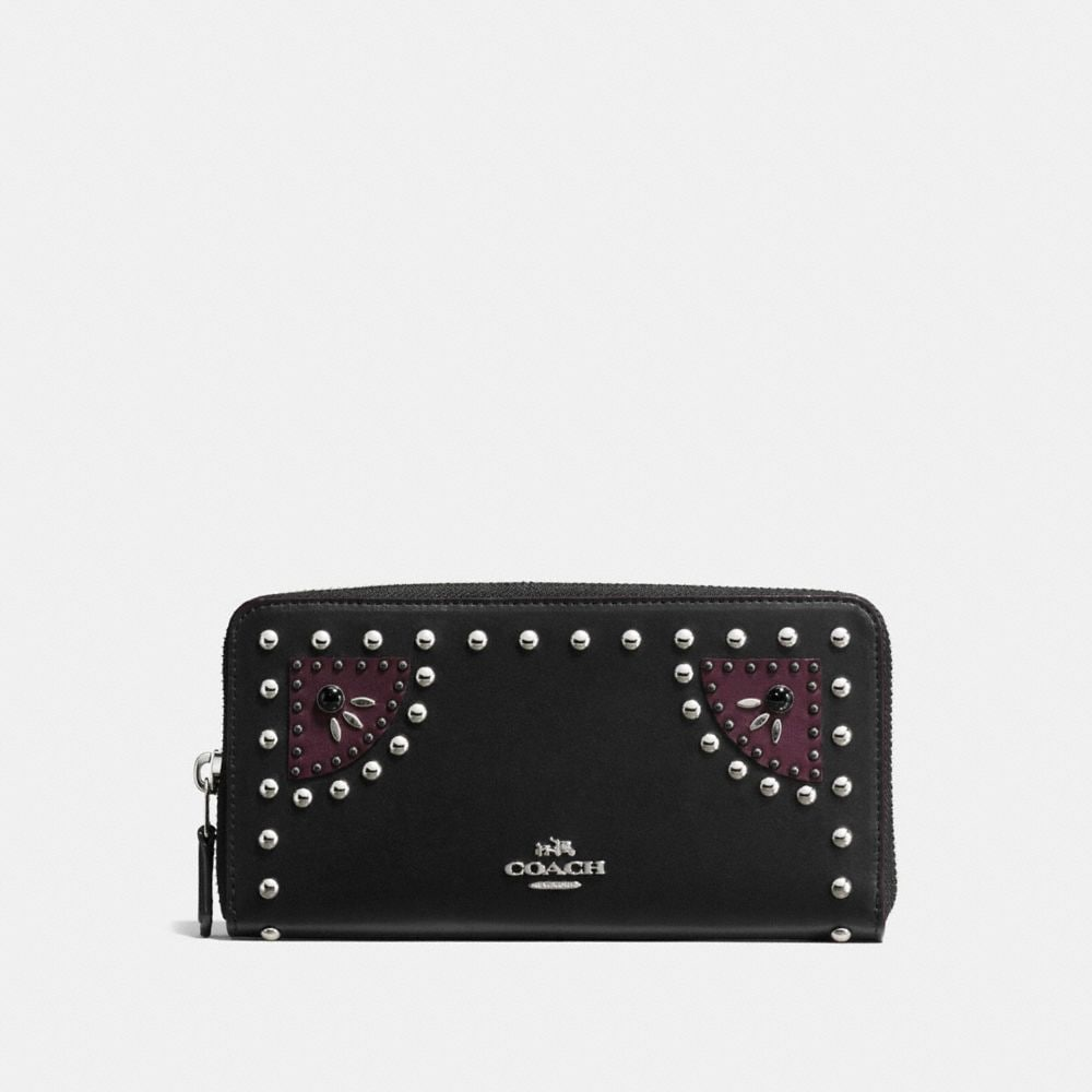WESTERN RIVETS ACCORDION ZIP WALLET IN GLOVETANNED LEATHER