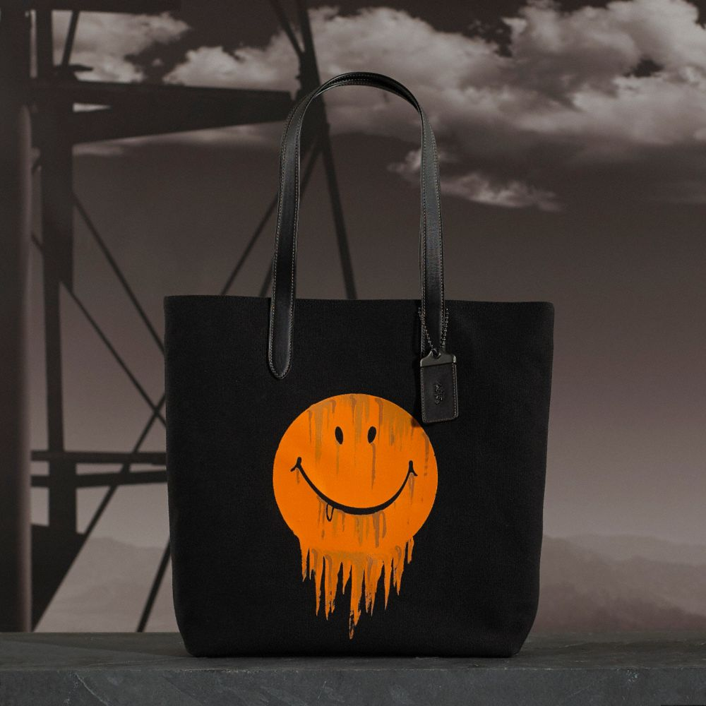 GNARLY FACE TOTE