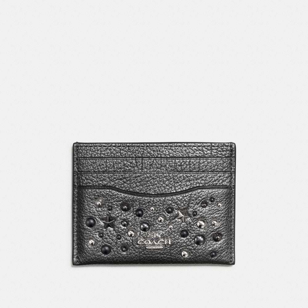 FLAT CARD CASE IN METALLIC LEATHER WITH STAR RIVETS