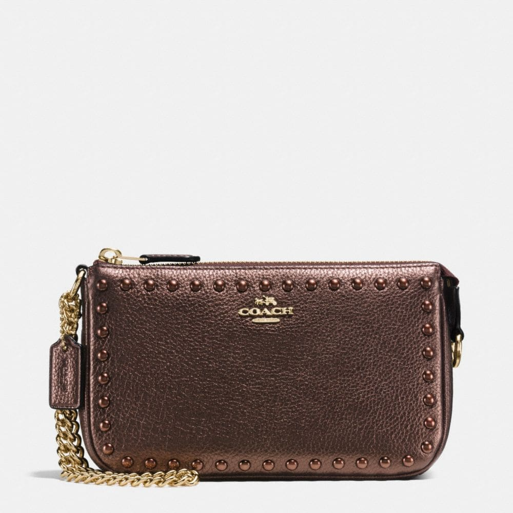 LACQUER RIVETS NOLITA WRISTLET 19 IN PEBBLE LEATHER