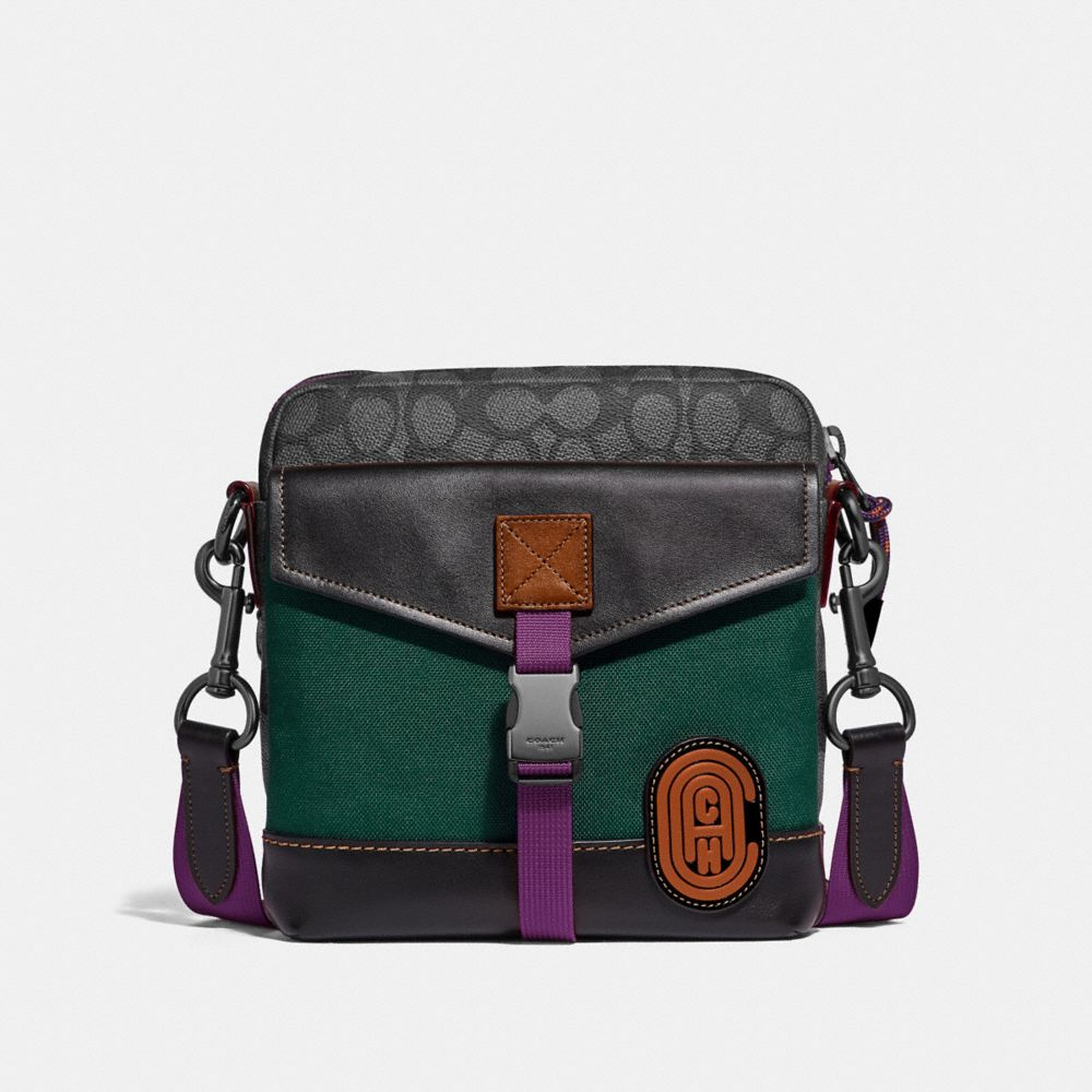 CROSSBODY IN SIGNATURE CANVAS WITH COACH PATCH