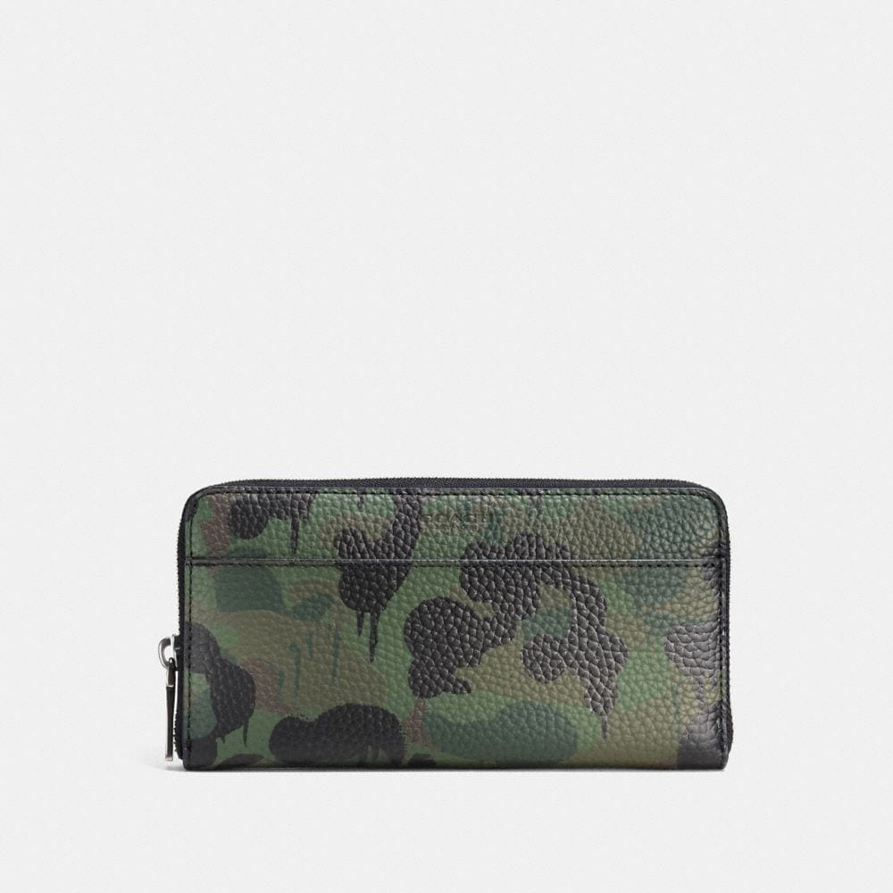 ACCORDION WALLET IN WILD BEAST CAMO PRINT PEBBLE LEATHER