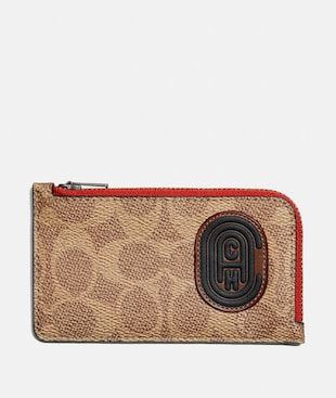 L-ZIP CARD CASE WITH SIGNATURE CANVAS BLOCKING AND COACH PATCH