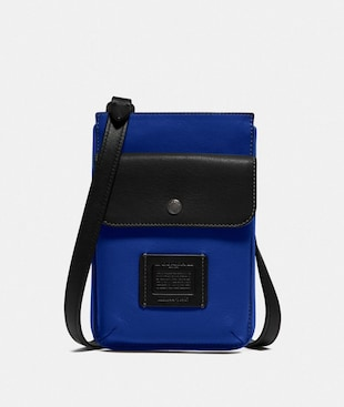 POCHETTE HYBRIDE EN COLOR BLOCK