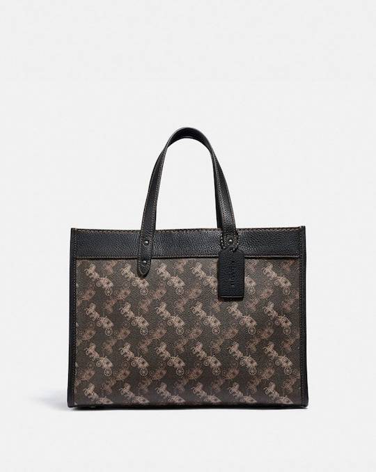 FIELD TOTE 30 WITH HORSE AND CARRIAGE PRINT