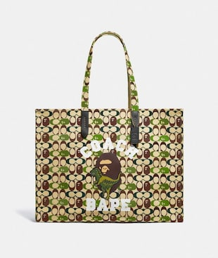 BAPE X COACH TOTE 47 IN SIGNATURE CANVAS WITH APE HEAD