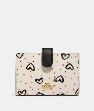 MEDIUM CORNER ZIP WALLET WITH CRAYON HEARTS PRINT