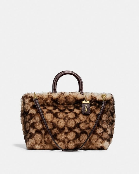 ROGUE TOTE 31 IN SIGNATURE SHEARLING